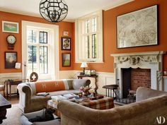 Claudia Schiffer's English Country House - Katie Considers - Architectural Digest has just published a tour of Claudia Schiffer's English country house and An - Orange Rooms, Living Room Orange, Orange Walls, Orange Bedroom Walls, Claudia Schiffer, Architectural Digest, Grayson Perry, Orange Paint Colors, Decoration