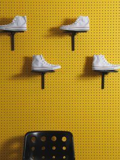 retail shoe display