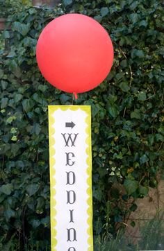 DIY weather balloon sign Bromley Ferney 's Oh Happy Day Wedding Balloon Decorations, Wedding Balloons, Giant Balloons, Helium Balloons, Wedding Signs, Diy Wedding, Party Wedding, Dream Wedding, Wedding Ideas