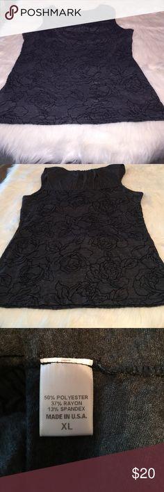 "Bobeau Sleeveless Top Bobeau Sleeveless Top, gray & black flower pattern, armpit to armpit 19"", very good condition bobeau Tops Tank Tops"