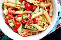 cestoviny so zeleninou Tomato Basil Pasta, Tomato Mozzarella, Garlic Pasta, Healthy Pasta Salad, Easy Pasta Salad, Pasta Salad Recipes, Lunch Recipes, Dinner Recipes, Healthy Recipes