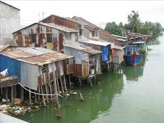 Shanty town stilt houses along Cai River, Nha Trang - Nha Trang ...520 x 390 | 53.4 KB | journals.worldnomads.com