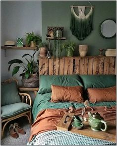 Decor Habitacion Bohemian Style Ideas For The Bedroom Decor Design # bohemianbedroom Bohemian Bedroom Furnishing Bedroom Bohemian . Bedroom Green, Home Bedroom, Bedroom Ideas, Bedroom Furniture, Budget Bedroom, Modern Bedroom, Bedroom Designs, Trendy Bedroom, Furniture Ideas