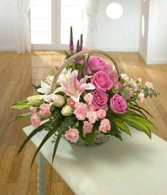 The Undermined Importance of Flowers - Send Flowers Online Basket Flower Arrangements, Beautiful Flower Arrangements, Silk Flowers, Spring Flowers, Floral Arrangements, Beautiful Flowers, Church Flowers, Funeral Flowers, Sympathy Flowers