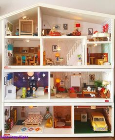 Dollhouse Lighting Fixtures – Home Lighting Ideas Mini Doll House, Barbie Doll House, Modern Dollhouse, Diy Dollhouse, Doll Furniture, Dollhouse Furniture, Diy Study Table, Doll House Plans, Miniature Houses