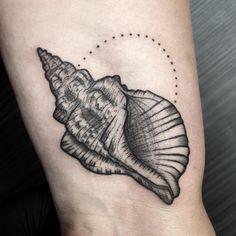 Sketch Drawing, Tattoo Sketches, Tattoo Ink, Arm Tattoo, Geometric Tattoo Arm, Cat Flowers, Little Tattoos, Skin Art, Blackwork