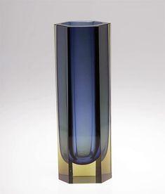 "KAJ FRANCK - Glass vase ""Pilari"" KF 249 designed in 1956 for Nuutajärvi Notsjö, in production 1956-1969, Finland. [h. 22-27 cm] Glass Design, Design Art, Lassi, Finland, Modern Contemporary, Scandinavian, Glass Art, Retro Vintage, Objects"