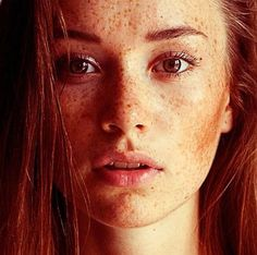freckles and red hair. good combo freckles and red hair. Beautiful Freckles, Beautiful Red Hair, Beautiful Redhead, Beautiful Ladies, Simply Beautiful, Absolutely Gorgeous, Beautiful People, Redheads Freckles, Freckles Girl