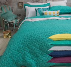 Regent BAMBURY - Features: Polyester microfibre, Embossed, Quilted pattern, Lightweight, Easy care.  Set Contains: x1 Queen to King Bed Coverlet - 240cm x 260cm, x2 Standard Pillowshams - 48cm x 74cm - #coverletsandcomforters