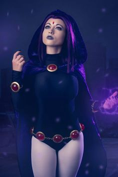 Raven from Teen Titans cosplay by Colossal Smidgen Cosplay photo by MC Illusion Photography Teen Titans Raven, Raven Teen Titans Cosplay, Anime Cosplay Mädchen, Best Cosplay, Raven Comics, Dc Comics, Teen Tians, Illusion Photography, Blake Belladonna