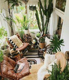 Sunroom/ living room
