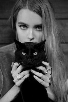 cat-like-eyes