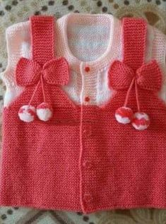 Baby Jacket With Pompon - Diy Crafts Baby Knitting Patterns, Baby Sweater Knitting Pattern, Knit Baby Sweaters, Knitting For Kids, Crochet For Kids, Knitting Socks, Baby Patterns, Crochet Baby, Crochet Patterns