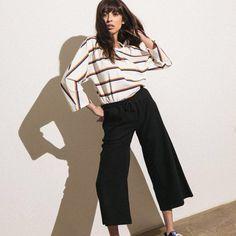 Pantalone Jazzy di Publish Brand,⠀ Disponibile su blakshop.com in nero e stone.⠀ ⠀ #publishbrandhers #publishbrand #blakshop #fall17 #outfit #fashion #shoponline #unleashyourstyle