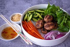 Check out this delicious recipe for Bun Cha from Weber—the world's number one authority in grilling. Pulses Recipes, Pork Recipes, Cha Recipe, Bun Cha, Lamb Meatballs, Grilling, Bbq, Yummy Food, Salad