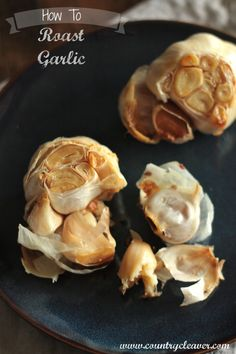 Learn to roast garlic in 4 easy steps. Make your own roasted garlic at home and transform all your favorite dishes in a snap. Vegetable Dishes, Vegetable Recipes, My Favorite Food, Favorite Recipes, Do It Yourself Food, Good Food, Yummy Food, Cooking Recipes, Healthy Recipes