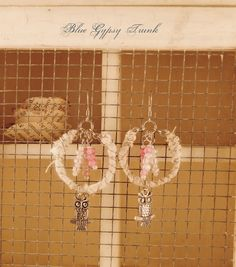 White and pink Owl Dangle Earrings by Bluegypsytrunk on Etsy    These little owl earrings are so cute. The pink and white go really well together.