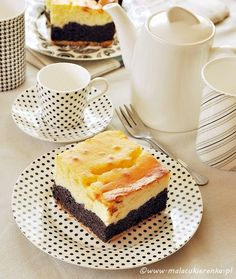 Poppyseed cake with cheese Poppy Seed Cake, Tiramisu, French Toast, Cheesecake, Food And Drink, Cooking Recipes, Sweets, Breakfast, Ethnic Recipes