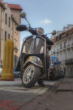 Honda Motorbikes, Insurance Quotes, Vespa, Mexico, Wasp, Hornet, Vespas