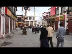 A Lap around the Barkhor in Lhasa