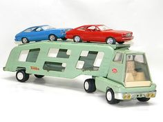 TONKA TOY Auto Transporter w/2 Cars, I dont have the original cars, but the truck is the same color.
