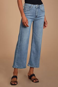 Throw on the Just Black Denim Nita Medium Wash High Rise Wide-Leg Jeans and a white tee for a classic look! Wide Leg Denim, High Rise Jeans, Wide Leg Jeans, Black Denim, Cropped Jeans Outfit, Denim Outfit, Crop Jeans, Light Wash Jeans, How To Look Classy