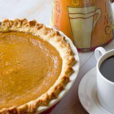 The Midnight Baker: Classic Pumpkin Pie #blogherholidays
