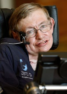 Highly respected British physicist Stephen Hawking recently revealed for the first time that although he does believe in aliens, he does not believe in God. Leiden, Professor Stephen Hawking, Theory Of Relativity, Intelligent People, Sad Day, Ludwig, Science, Physicist, Classic Films