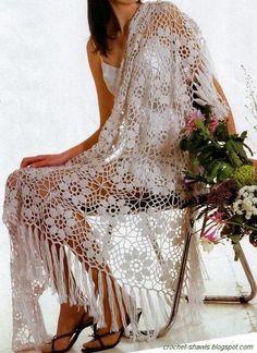 http://crochet-shawls.blogspot.com.br/2013/07/crochet-shawl-free-pattern-cochet-flower.html