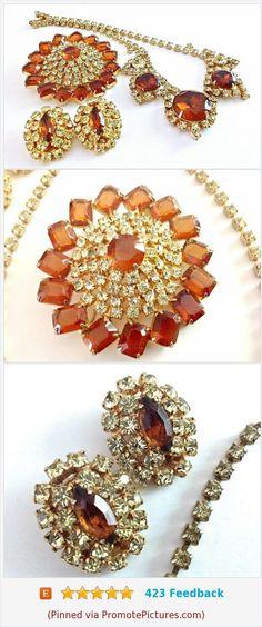 JULIANA D&E Necklace Brooch Earrings Set, Rootbeer Yellow Rhinestone, Gold Plate Vintage #juliana #jewelryset #juliananecklace #julianabrooch #julianaearrings #rhinestones #rootbeer #yellow #vintage https://www.etsy.com/RenaissanceFair/listing/558136238/juliana-de-necklace-brooch-earrings-set?ref=listings_manager_grid  (Pinned using https://PromotePictures.com)