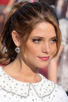 Try a sweet berry-hued lip like Ashley Greene. #lipstick #makeup #beauty