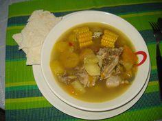 sopas argentina | Sopa de pollo estilo venezolano servida con casabe