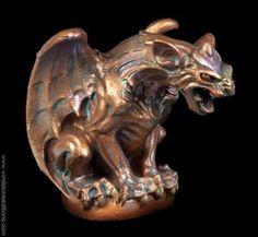 Windstone Editions: hyena-gargoyle_copper-patina_1