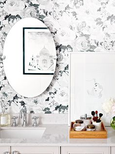 42 Ideas anthropologie wallpaper bathroom floral wallpapers for 2019 Decor, Accent Wall Bedroom, Bathroom Wallpaper, Home Decor Trends, Cheap Home Decor, Gray Mirror, Purple Bathrooms, Anthropologie Wallpaper, Trending Decor