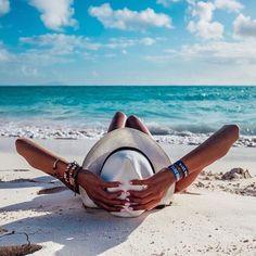 Feliz tarde! #summershop #bikini #amazing #pool #beachlife #swimwear #chic #verano #madeinvenezuela #trajesdebaño #hechoenvenezuela #beach #summer #venezuela #beachwear #sea