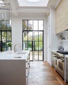 Awesome Scandinavian Kitchen Decor Ideas 21 - Home Decor Ideas 2020 Home Decor Kitchen, Kitchen Interior, Home Kitchens, Kitchen Ideas, Studio Kitchen, Apartment Kitchen, Kitchen Designs, Ui Design, House Design