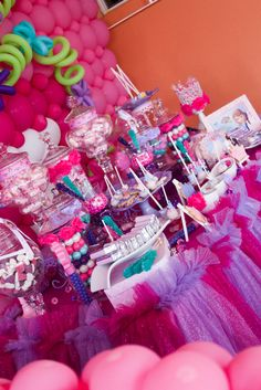 It is all about pink..... Little Princess First Year  | CatchMyParty.com