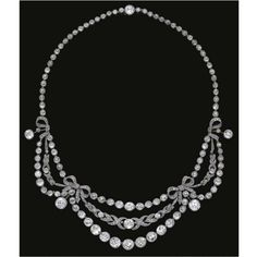 Garland Style Diamond Necklace Mounted In Platinum circa 1910