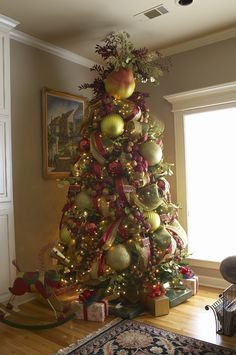 1000 images about beautiful christmas trees on pinterest Large decorated christmas trees