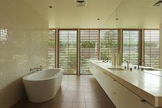 Ashley Lochhead Flinders Residence