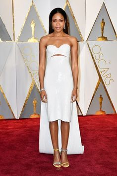 The 2017 Oscars Neomie Harris was just one of four cast members from Moonlight dressed by Raf Simons for Calvin Klein by Appointment tonight. And, dare we say, she's the best dressed of the troop? Just look at that cape, the keyhole, those shoes... Sorry, fellas.Years+#refinery29