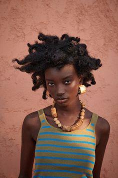Cropped Tops, Pretty Black Girls, Beautiful Black Women, Hair Like Wool, Afro, Black Girl Aesthetic, Hair Blog, Hair Images, Feminine Energy