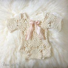 Newborn Ivory Lace Romper baby baby girl romper от PetuniaandIvy
