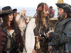 Johnny-Depp-Pirates-of-the-Caribbean-On-Stranger-Tides