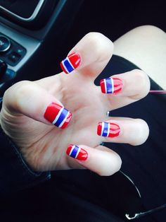 Ongles allez les canadiens soumis par allison whicher lets go habs nails are a must for hockey season prinsesfo Image collections