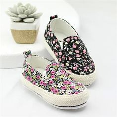 Kid boys and girls models fall 2014 shoes Korean Floral Fan art of small fresh canvas shoes soft bottom baby shoes a pedal $20.99 New Kids, Kids Boys, Girls Shoes, Baby Shoes, Earth Shoes, Cheap Shoes, Girl Model, Fashion Kids, Ankle Straps