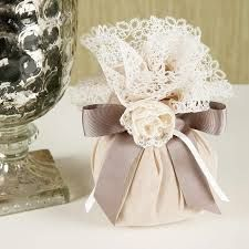 This post was discovered by lo Wedding Set Up, Baby Wedding, Wedding Boxes, Wedding Party Favors, Wedding Gifts, Lavender Bags, Lavender Sachets, Gift Wraping, Islamic Gifts
