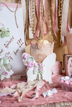 #Στολισμός #βάπτισης για κορίτσι. Όλες οι diy ιδέες σε ένα σημείο. Δες τα όλα εδώ με ένα κλικ!  #Diy #baptism #decoration for girls. Love the fresh combination of #pink and green