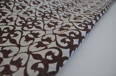 Tissu lin imprimé graphique motif byzantin beige marron : Autres Tissus par charmants