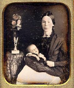 Daguerreotype   MOTHER HOLDS DECEASED BABE.